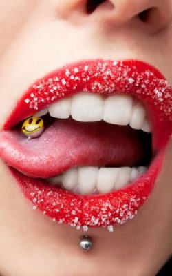 Types-of-Tongue-Piercing-Jewelry-1